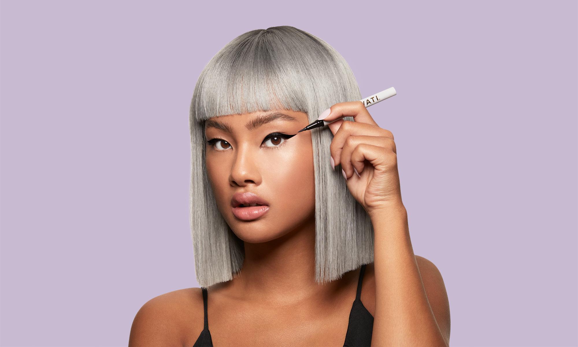 SWATI Vanta - Adhesive eyeliner on asian model